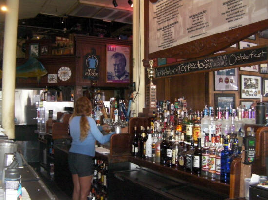 "Il mitico ""Sloppy Joe's Bar"" a Key West , frequentato da Ernest Hemingway"